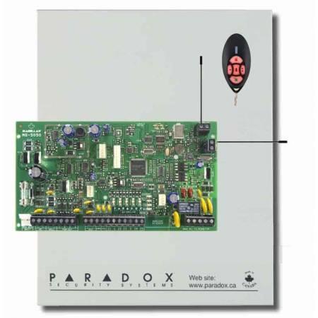 Centrale mixte 32 zones radio et filaires équipée 5 zones (10 ATZ) filaires dans boitier d'alimentation chargeur