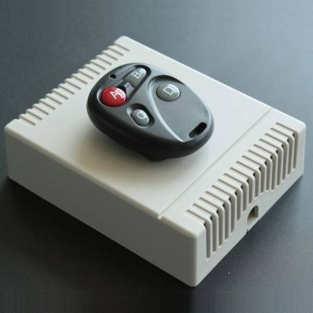 Télécommande et récepteur pour automatisme 2 ou 4 relais